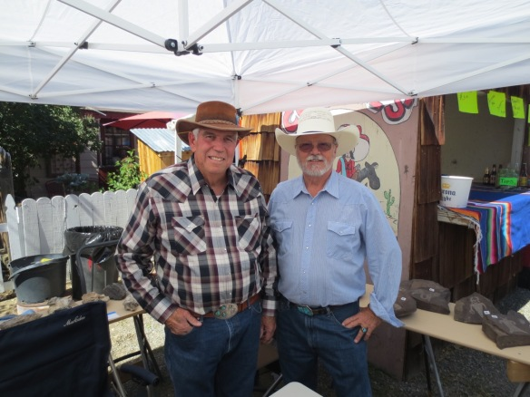 My awesome brother-in-law, Phil Hanna, has been helping me run my booth at the 2015 Dayton Valley Days event.
